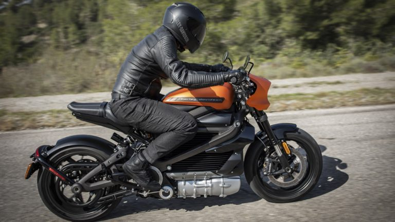 Harley-Davidson reveals stunning LiveWire electric motorcycle at CES 2019